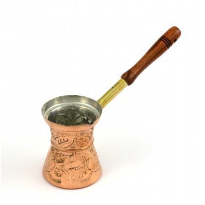 Μπρίκι Χάλκινο Σκαλιστό Νο 5 με ξύλινη λαβή.
